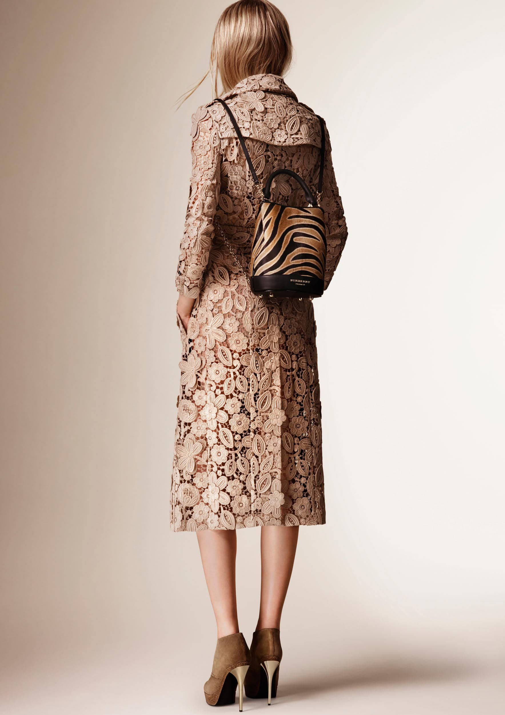burberry-resort-collection-2016-16