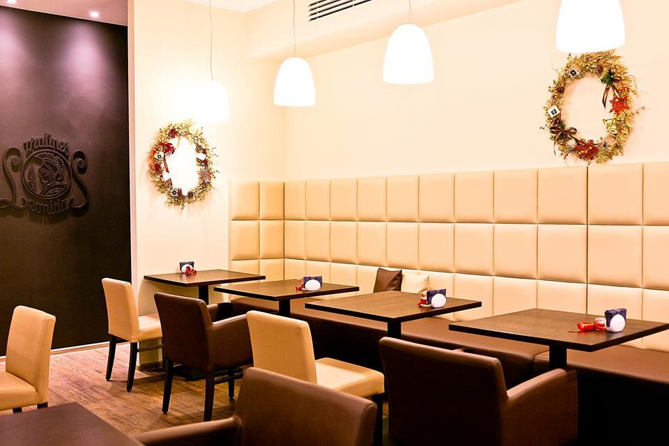 Интерьер кафе Leonidas в Столешниковом переулке