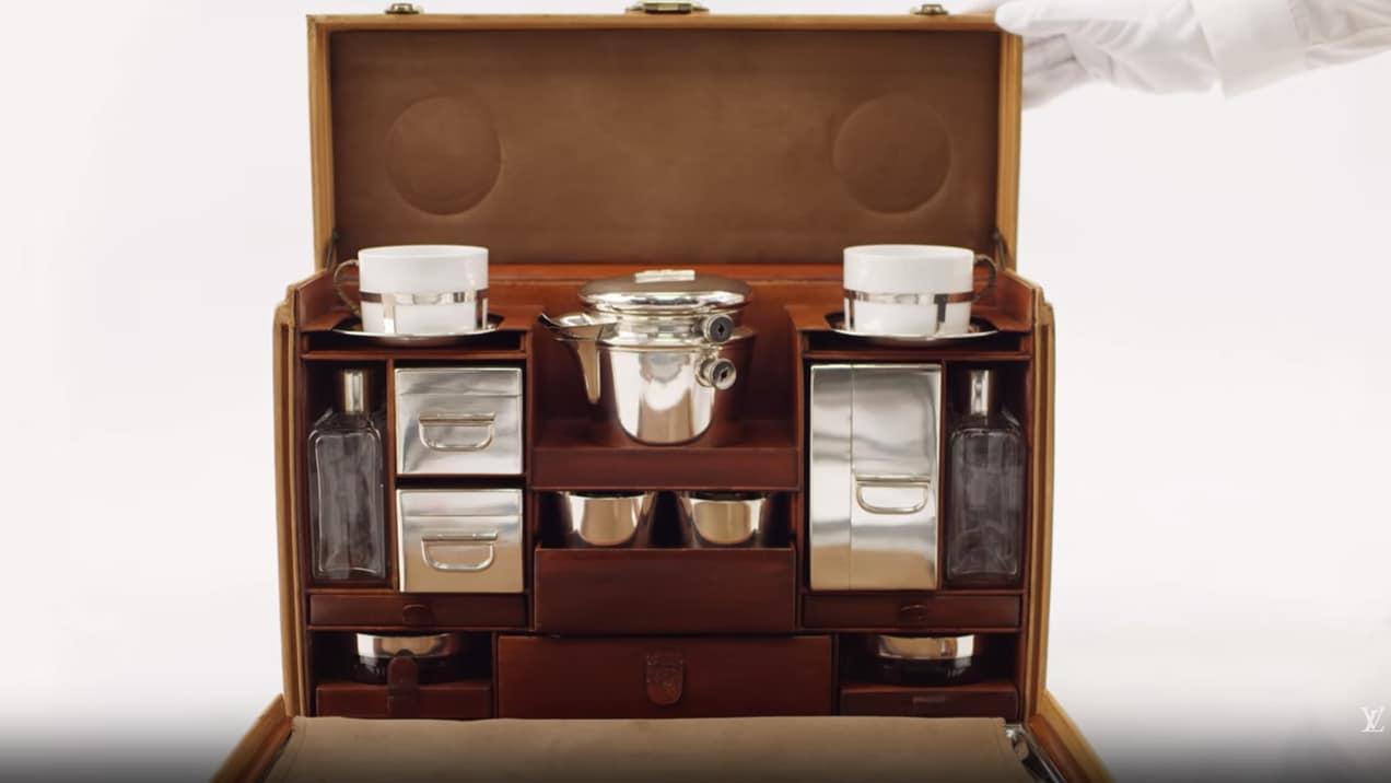 Louis Vuitton представляет чемодан для чайных церемоний