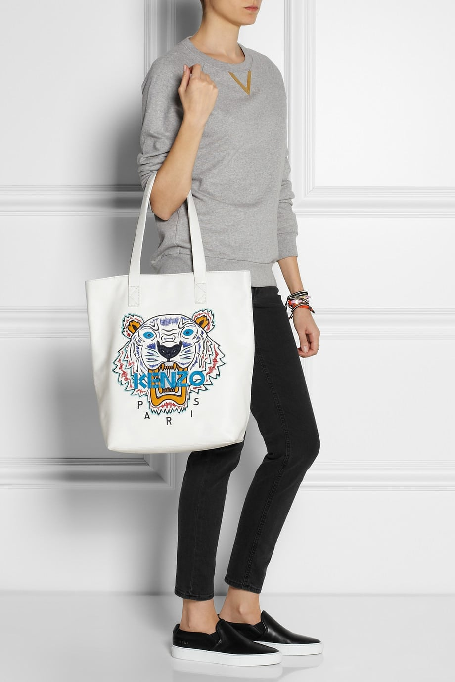 ny2016-gift-kenzo-tiger-embroidered-leather-tote