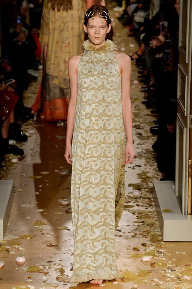 Valentino Couture - Spring 2016 - Irina Kravchenko