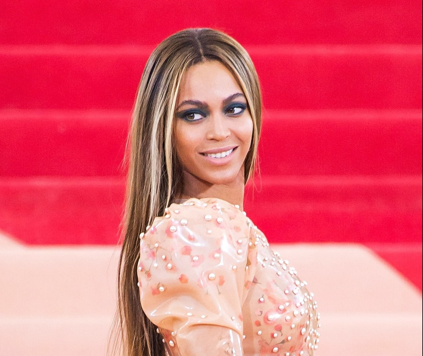 met-gala-2016-Beyonce-givenchy-0