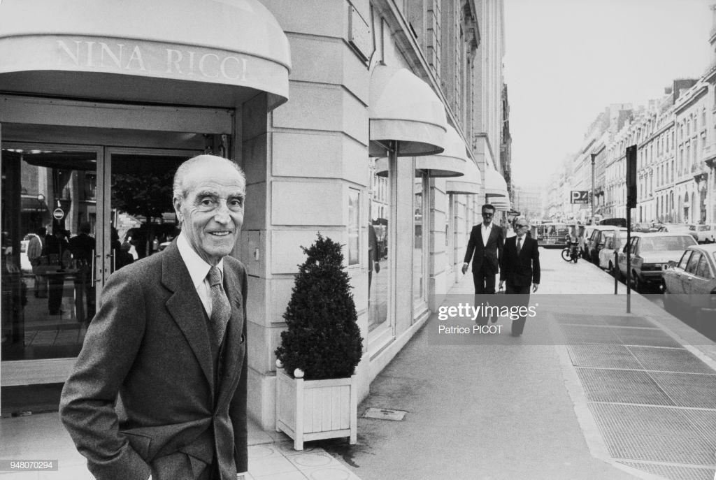 Robert Ricci in front of Nina Riccis shop